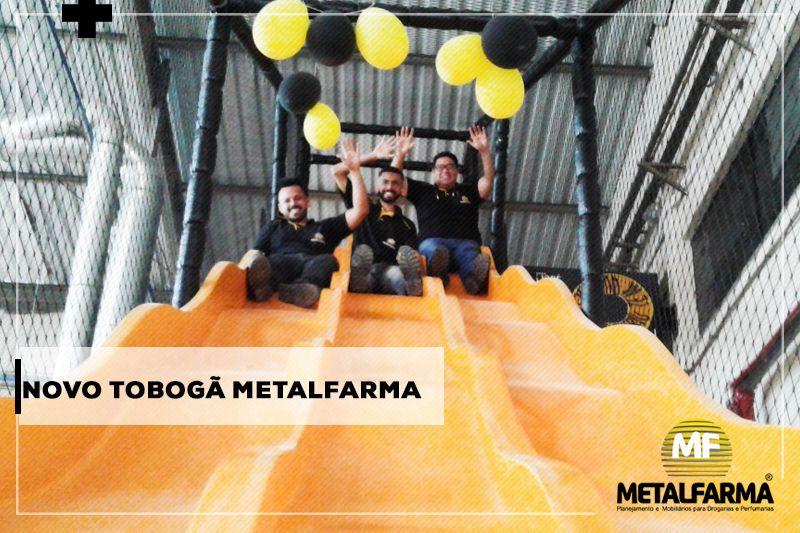 Novo Tobogã Metalfarma - Porque é possível se divertir no trabalho, sim! ;)